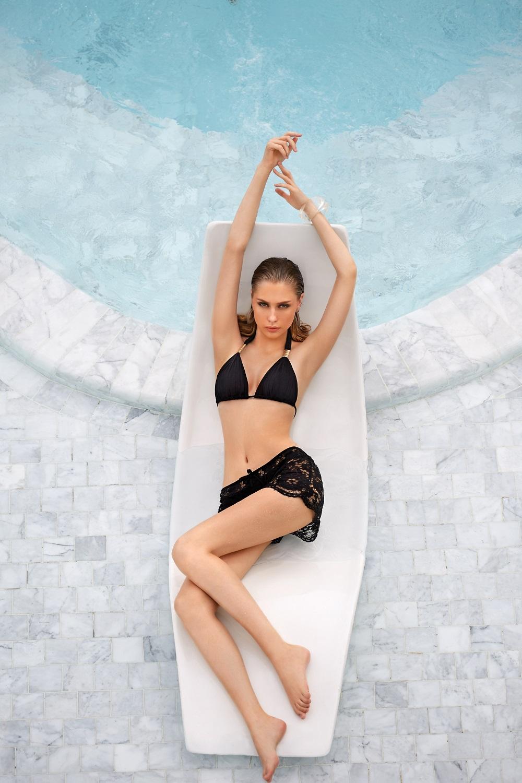 Limitowana kolekcja luksusowych kostiumów kąpielowych