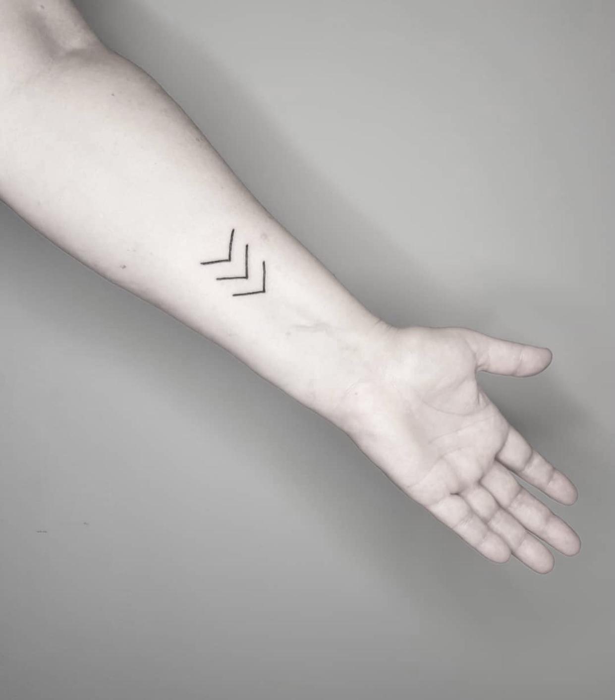 Tatuaż łamie tabu i uczy patriotyzmu – zobacz symbole, które obiegły cały świat!