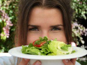 Coraz więcej ludzi jest na diecie wegańskiej, ale wege to nie tylko jedzenie to sposób bycia oraz możliwość oferowania produktów